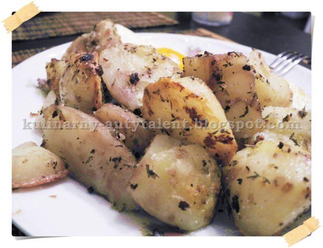 Pieczone ziemniaczki z czosnkiem i oregano